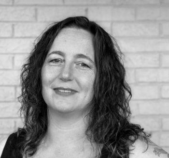Interview series 5 – Elizabeth Elliott